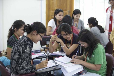 Thay đổi nhận thức về HIV/AIDS cho học sinh, sinh viên
